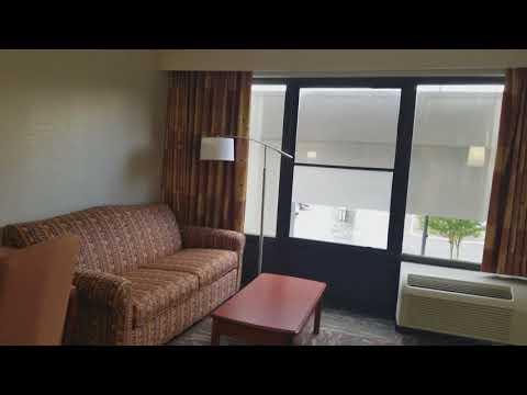 Hampton Inn Oak Ridge TN King room