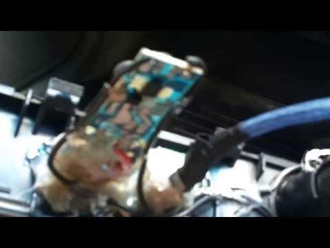 Установка AUX в штатную магнитолу Toyota Mark 2 Qualis и USB зарядки часть 1.