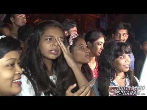 Justin Bieber Arrives In Mumbai - Fans go crazy!