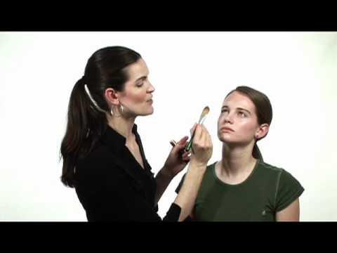 Soma Beauty - Teen Make-up for School Portaits pt 1