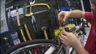 How To Fit The New Ultegra 11 Speed Di2 Battery Into A Seatpost