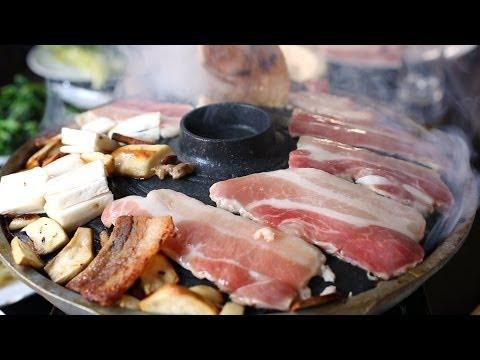 Grilled Pork Belly (Samgyeopsal-gui: 삼겹살구이)