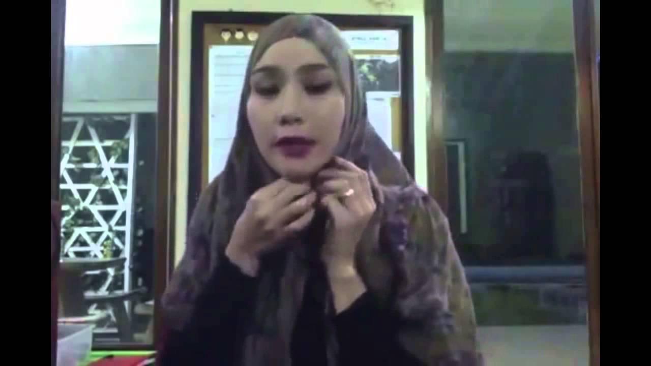 Cara Memakai Jilbab Pashmina Ala Zaskia Adya Mecca YouTube