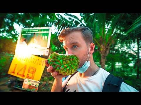 What is THIS? / Local Street Food in THAILAND / Bangkok Walking Tour 2021