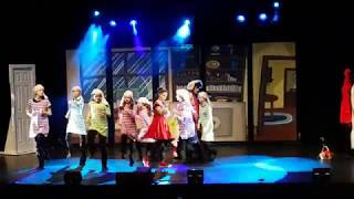 """Reds in the Hood"" musical with Lauren Pappas"