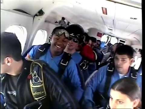 R Blunt goes skydiving again