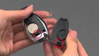 リモコンキーの電池の点検方法と交換方法を紹介しています。 ・電池の点...