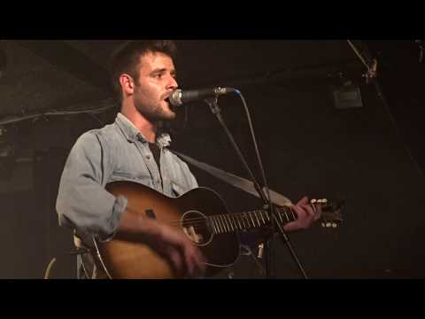 Roo Panes - Lullaby Love - Live In Paris 2019