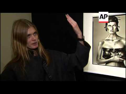 Preview of auction of photographs by Richard Avedon