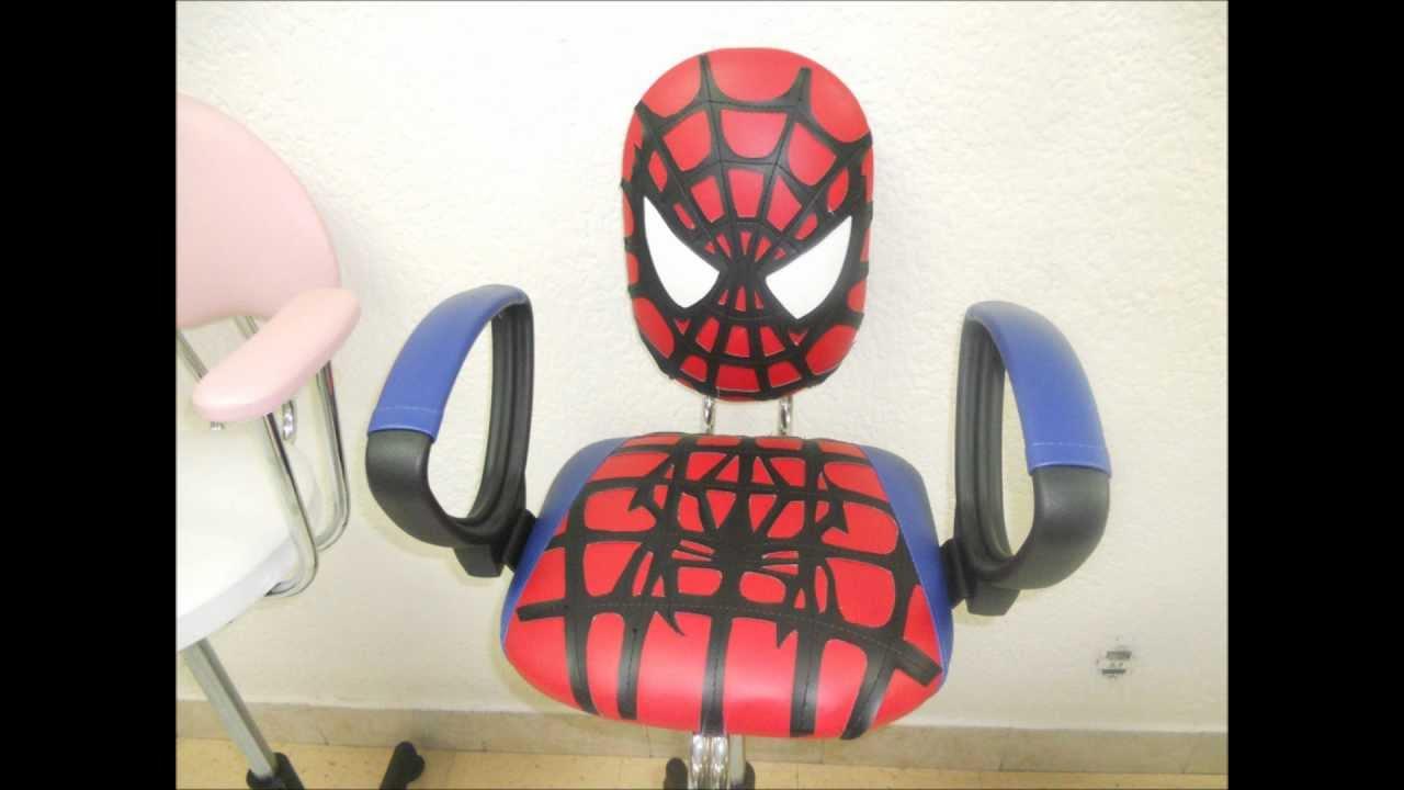 Muebles para salones de belleza sillas hidraulicas mesas for Muebles para salon