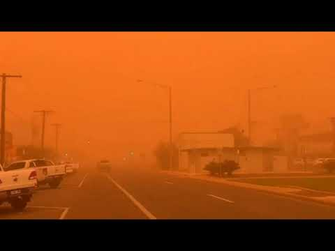 Sky Turns Red from Apocalyptic Dust Storm As Australia Prepares for Heatwave