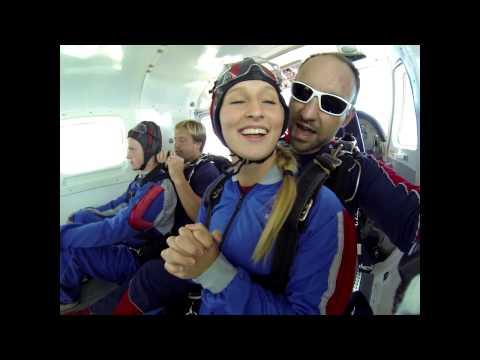 Brooke Johnston's Tandem skydive!