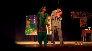 Kashmiri Pandits Speaks Their Story In A Play | Holkar Collage | Indore