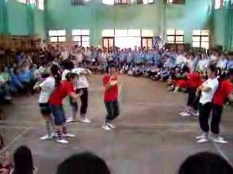 Nhảy Cổ điển lai hiện đại