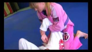 Hillary and Joanne of MMA Girls show a kimura