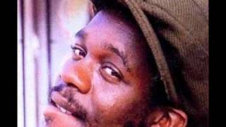 Dennis Brown  -  Black Magic Woman
