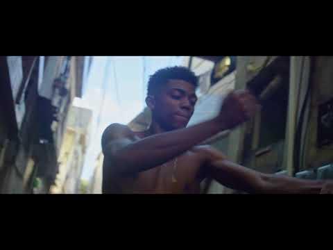 Leo Justi (Heavy Baile) - Larga o Aço (V.I.P.) | dir. Julio Secchin