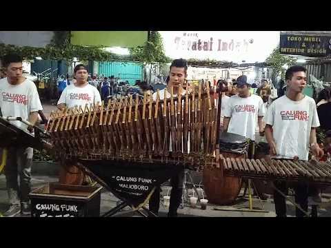 GEMU FA MI RE (NTT) I Angklung Malioboro CALUNG FUNK I Traditional Musical Instrument Made of Bamboo
