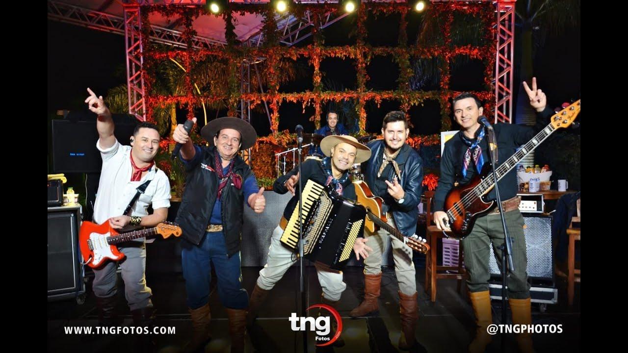 """TCHE GAROTOS  """"Editada""""  Amigos da Vanera Live Solidária (Só músicas Tchê Garotos)"""