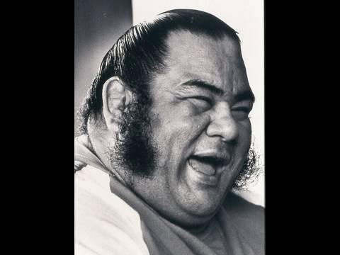 Congresswoman Mazie Hirono Honors Sumo Wrestling Legend Jesse Takamiyama Kuhaulua