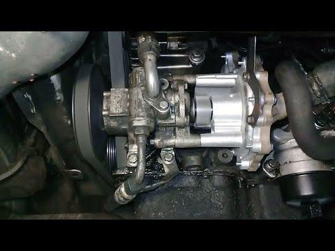 Пежо Boxer,Ford Tranzit двигатель 2.2 TDCI,P8FA замена водяной помпы.