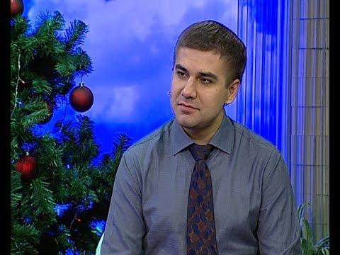 Диетолог Антон Поляков: не нужно голодать весь день 31 декабря, а ночью объедаться