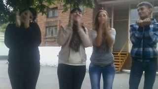 танец soco bate) побег от собаки