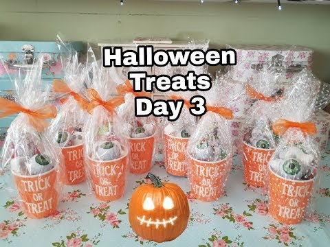 Halloween Series - Day 3 - Poundland Spooky Sweet Favours/ goody tubs