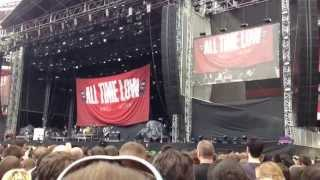 All Time Low - Dear Maria (Count Me In) LIVE @ The Emirates Stadium 1/6/2013