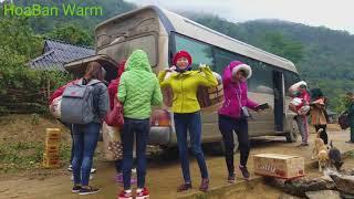 TẶNG 100 ÁO ẤM CHO TRẺ EM NGHÈO BIÊN GIỚI/travel tour vietnam/hbw