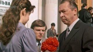Среди тысячи дорог (1983) фильм