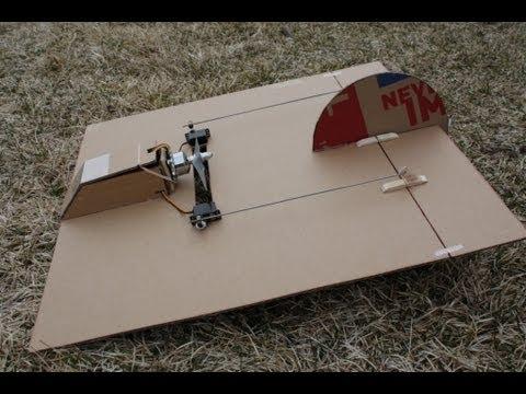 Probablemente el avión de radiocontrol más sencillo del mundo