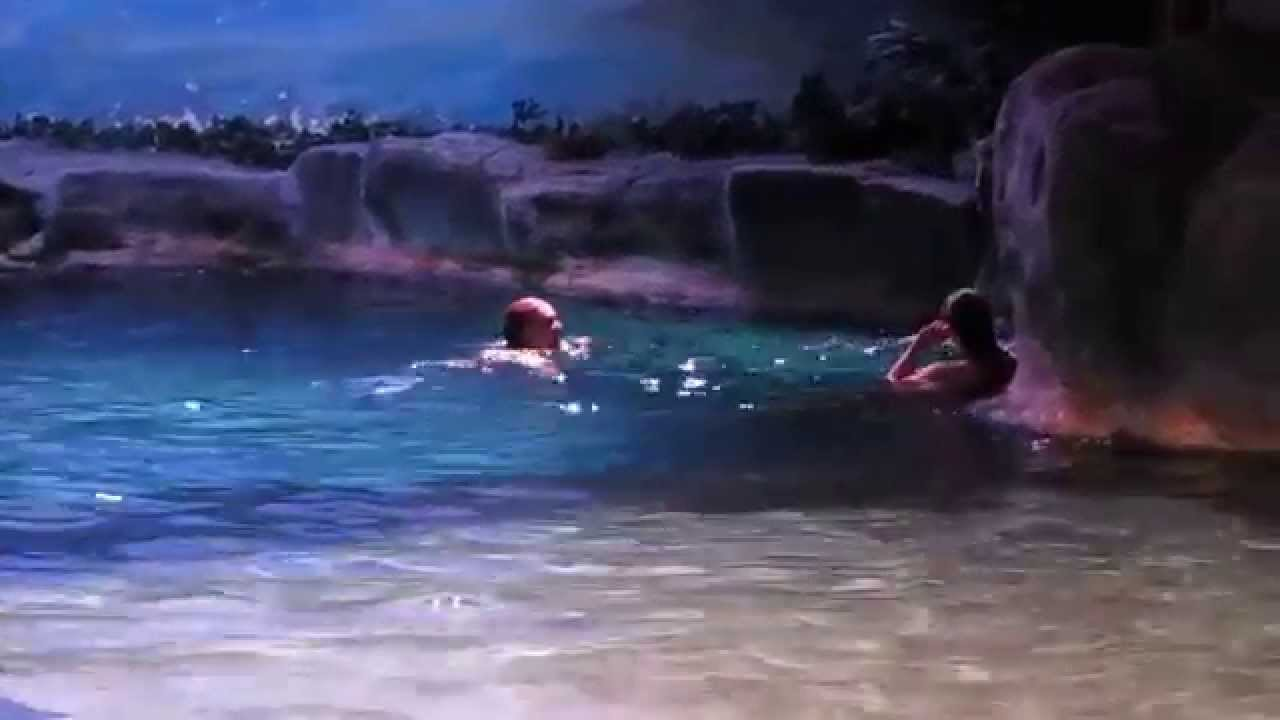 RIPLEY'S AQUARIUM MERMAIDS LEAVING! - YouTube