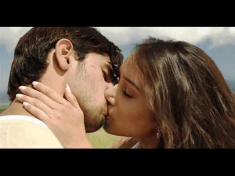 Shraddha Kapoor All Kissed In The Bollywood Trend Videos