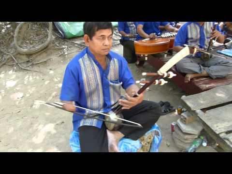 Exploring Cambodia traditional music