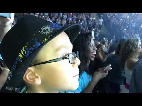 Christopher at Bruno Mars Concert with Poppi 2017 at Prudential Center Newark New Jersey!