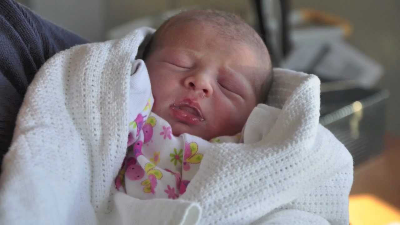 New Born Baby - Daisy's First Day 03-02-2012 - YouTube