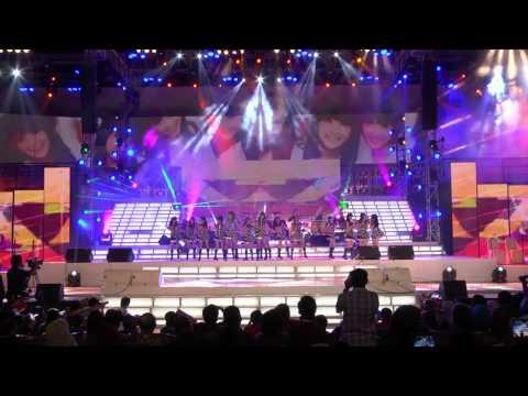 JKT48 KARENA KUSUKA DIRIMU @ SEMEN INDONESIA CELEBRATION NITE