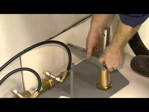 VETUS - Einbauvideo Hydrauliklenkung - Bukh Bremen GmbH.flv