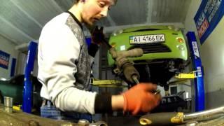 видео Замена рулевой рейки Дэу