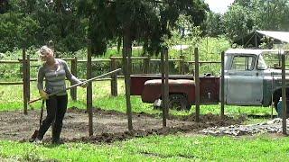 Classic Truck Ranch  1st Garden (CTR-201)