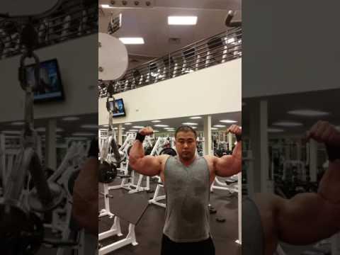 Bien Diesel. tập tạ . bodybuilding . Vietnamese.  Vietnam