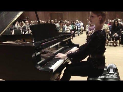 Magdalena Baczewska (piano) performs Chopin