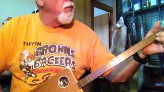 Cigar Box Guitar Strummer 1