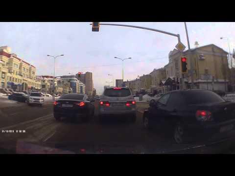 Авто Администрации Президента РК грубо нарушает
