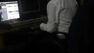 Debordo Leekunfa - @ Studio - Début du Moutoualé