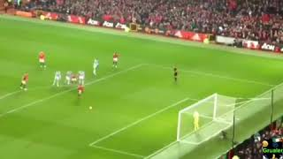 Alexis Sanchez scores first ever Manchester United goal: Man Utd vs Huddersfield: Sanchez goal