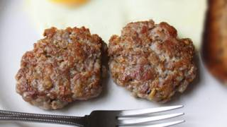 Breakfast Sausage Patties - Homemade Pork Breakfast Sausage Recipe