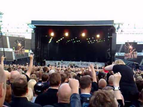 Metallica - Creeping Death Live @ Olympic Stadium Helsinki 15.7.2007