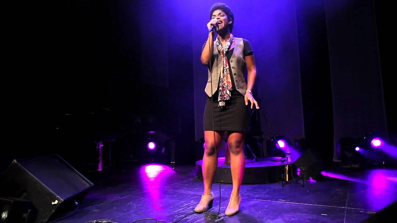 athna iaps gnration 1 ere partie de christelle chollet festival show sous les palmiers youtube - Christelle Chollet Mariage